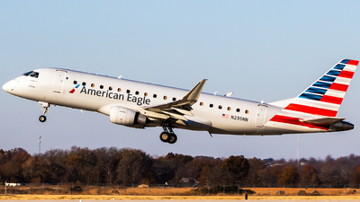 A picture of N235NN - Embraer E175LR - American Airlines - © Ani Thyagarajan