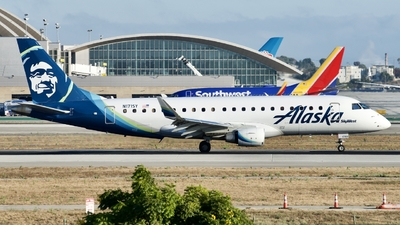 N171SY - Embraer 170-200LR - Alaska Airlines (Skywest Airlines)