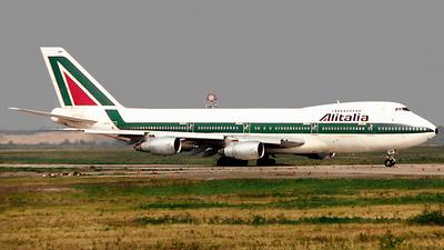 I-DEMN - Boeing 747-243B - Alitalia