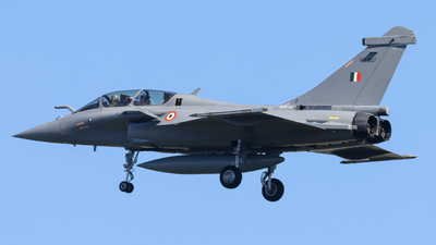 RB007 - Dassault Rafale DH - India - Air Force