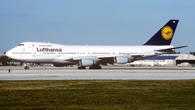 D-ABZE - Boeing 747-230B(M) - Lufthansa