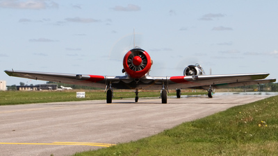 N85696 - North American AT-6D Texan - Private