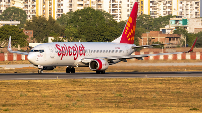 A picture of VTSZK - Boeing 7378GJ - SpiceJet - © Rohan Paliwal