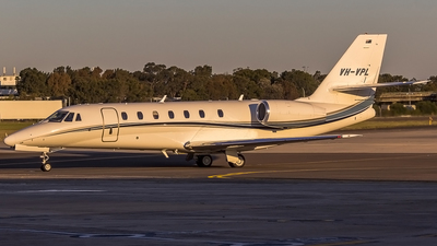VH-VPL - Cessna 680 Citation Sovereign - Private