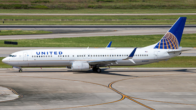 N30401 - Boeing 737-924 - United Airlines