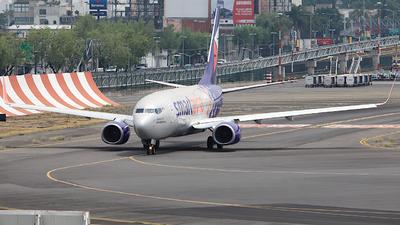 XA-GOL - Boeing 737-752 - Smartavia