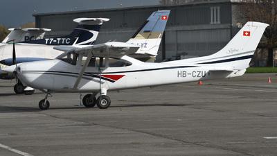 A picture of HBCZU - Cessna 182S Skylane - [18280047] - © Mirko Bleuer