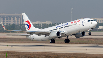 B-206X - Boeing 737-89P - China Eastern Airlines
