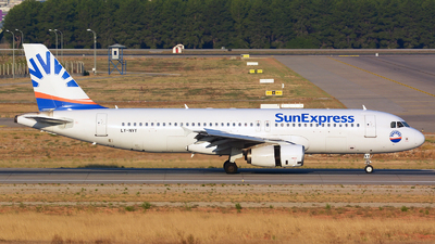 LY-NVY - Airbus A320-232 - SunExpress (Avion Express)