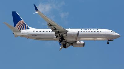 N76522 - Boeing 737-824 - United Airlines