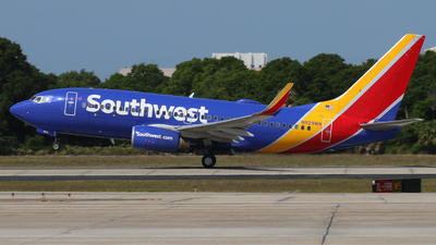N929WN - Boeing 737-7H4 - Southwest Airlines