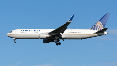 A picture of N666UA - Boeing 767322(ER) - United Airlines - © Sebastian Thiel