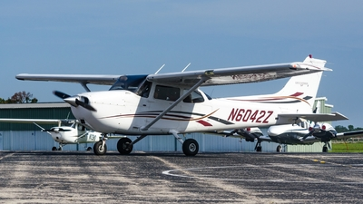 N6042Z - Cessna 172S Skyhawk SP - Cirrus Aviation