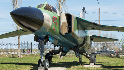 57 - Mikoyan-Gurevich MiG-23ML Flogger G - Russia - Air Force