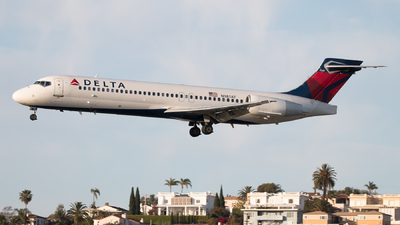 N981AT - Boeing 717-2BD - Delta Air Lines