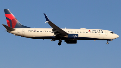 A picture of N811DZ - Boeing 737932(ER) - Delta Air Lines - © Andriy Yegorov