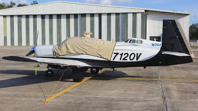 N7120V - Mooney M20E Super 21 - Private