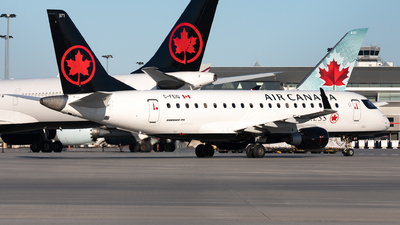 A picture of CFEIQ - Embraer E175SU - Air Canada - © Hongyu Wang