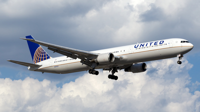 N59053 - Boeing 767-424(ER) - United Airlines