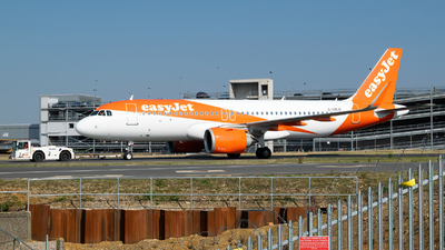 A picture of GUZHL - Airbus A320251N - easyJet - © Frankie A Said