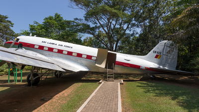 CR822 - Douglas C-47A Skytrain - Sri Lanka - Air Force
