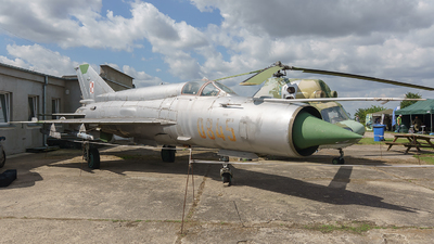0845 - Mikoyan-Gurevich MiG-21bis Fishbed L - Portugal - Air Force