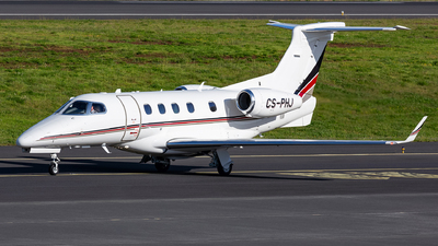 A picture of CSPHJ - Embraer Phenom 300 - NetJets - © Nelson Sousa