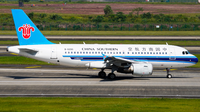 B-6200 - Airbus A319-115 - China Southern Airlines