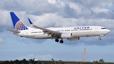A picture of N73256 - Boeing 737824 - United Airlines - © Sebastian Wermuth