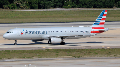 N920US - Airbus A321-231 - American Airlines