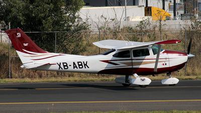 XB-ABK - Cessna 182P Skylane - Private