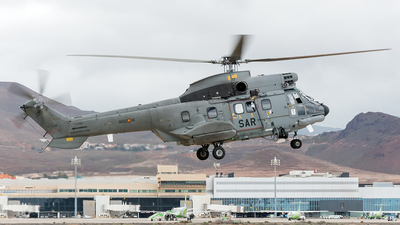 HD.21-18 - Aérospatiale AS 332C1 Super Puma - Spain - Air Force