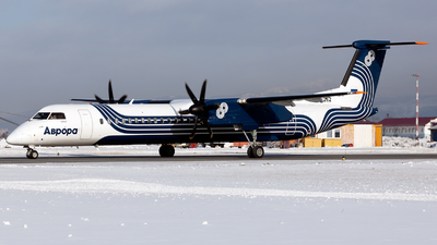 A picture of RA67262 - De Havilland Canada Dash 8400 - Aurora - © Arkady Perevoznikov