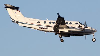 A picture of N616MR - Beech B300 Super King Air 350 - [FL1060] - © toyo_69pr