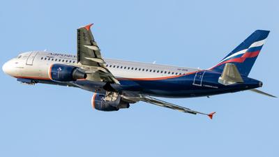 A picture of VQBHN - Airbus A320214 - Aeroflot - © Grzesiek Krupa