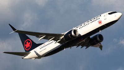 A picture of CFSOI - Boeing 737 MAX 8 - Air Canada - © Hongyu Wang