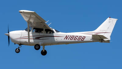 N1868B - Cessna 172S Skyhawk SP - Private