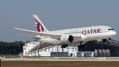 A picture of A7BDD - Boeing 7878 Dreamliner - Qatar Airways - © Tim Donell