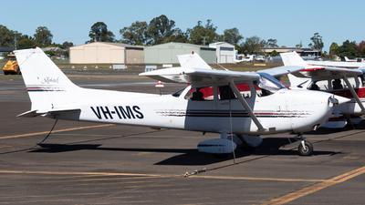 A picture of VHIMS - Cessna 172R Skyhawk - [17280271] - © Tim Burnett