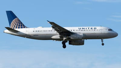 N413UA - Airbus A320-232 - United Airlines