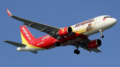 VN-A672 - Airbus A320-214 - VietJet Air