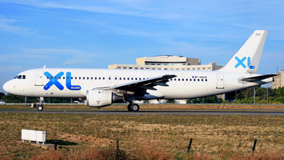 F-HDCE - Airbus A320-211 - XL Airways France