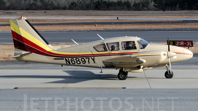 N6897Y - Piper PA-23-250 Aztec D - Private