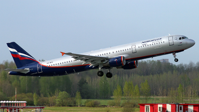 A picture of VQBED - Airbus A321211 - Aeroflot - © Malyshev Andrei