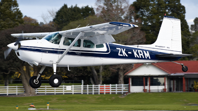 ZK-KRM - Cessna 180H Skywagon - Private