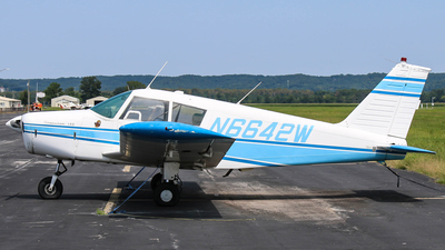 A picture of N6642W - Piper PA28140 - [2820742] - © Gary Guy
