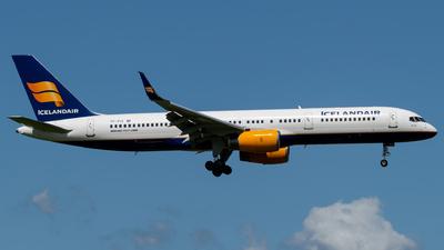 A picture of TFFIO - Boeing 757208 - Icelandair - © Kuba Majek