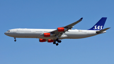 OY-KBD - Airbus A340-313X - Scandinavian Airlines (SAS)