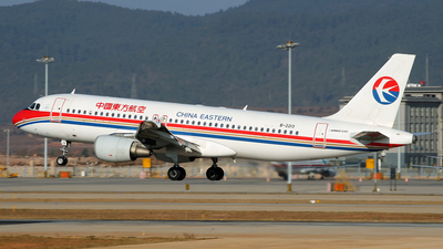 B-2213 - Airbus A320-214 - China Eastern Airlines