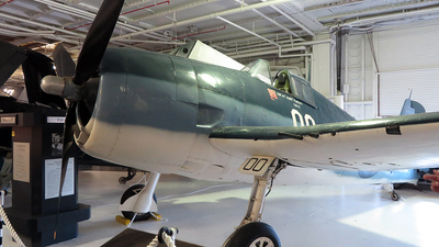 79593 - Grumman F6F-5 Hellcat - United States - US Navy (USN)